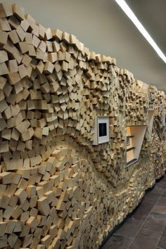 Rough cut lumber wall treatment Tourist Information Baiersbronn ©… Wooden Wall Design, Wooden Walls, Wood Design, Wood Wall Art, Wooden Furniture, Furniture Ideas, Interior Walls, Interior Design Living Room, Rough Cut Lumber