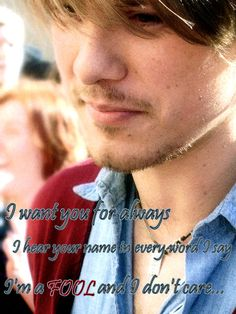 Lovely shot of the middle brother.  Different color/shading/whatever than the previous post, and this one has lyrics on it, obviously.  Taylor Hanson. by ~x-bite-me-69 on deviantART