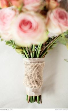 Awesome idea for a bouquet | Flowers: Afresh Events
