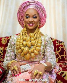 African Bridal Dress, African Lace Dresses, African Dresses For Women, African Attire, African Women, African Fashion Traditional, African Traditional Wedding, Latest African Fashion Dresses, African Men Fashion