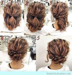 Chignon simple pour cheveux bouclés