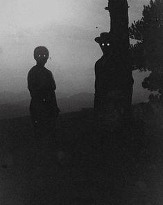 Dark Fantasy Art, Foto Fantasy, Creepy Images, Creepy Pictures, Creepy Photography, Dark Photography, Cenas Teen Wolf, Ps Wallpaper, Arte Obscura