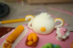 @~~wavegirl~~ Tea Set Fondant Cake - Cake done for my wonderful grandma :)