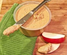 How To Make Peanut Butter In 5 Minutes | Quick And Easy Homemade Recipes, see more at http://homemaderecipes.com/cooking-101/how-to/how-to-make-homemade-peanut-butter
