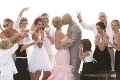 Wedding Photography Ideas : Weddings Funny family group photo