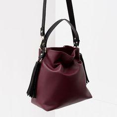 Image 4 of TASSEL BUCKET BAG from Zara
