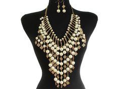 Pearl-Chandelier-Fringe-Statement-Necklace-Set.jpg (800×600)