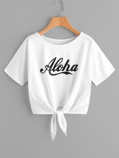 Knotted alpha shirt - Knot T Shirt - Ideas of Knot T Shirt - Knotted alpha shirt Cute Lazy Outfits, Crop Top Outfits, Kids Outfits Girls, Teenager Outfits, Trendy Outfits, Cool Outfits, Cute Crop Tops, Crop Top Shirts, Crop Shirt