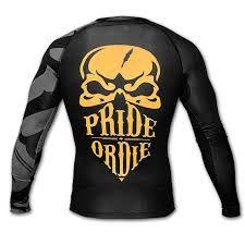 Ultra Cool Rashguard fra Pride Or Die. Perfekt til MMA træning. Snart online på Danmarks bedste MMA Shop.