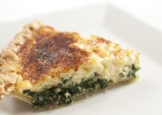 Spinach quiche with horseradish and swiss