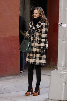 Los 35 Mejores Looks De La Estilosa Y Elegante Blair Waldorf | Cut & Paste – Blog de Moda