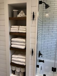 Trendy Bathroom Closet Ideas No Door 28 Ideas Small Bathroom Storage, Bathroom Closet, Bathroom Towels, Bathroom Shelves, Bathroom Interior, Bathroom Organization, Wall Storage, Bathroom Wall, Organization Ideas