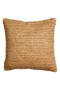 Check this out! Cushion cover with braided paper straw at front, woven cotton fabric at back, and concealed zip. Size 20 x 20 in. - Visit hm.com to see more. Sofa Pillows, Throw Pillows, Boho Cushions, Bamboo Basket, H&m Home, Boho Diy, Textiles, Cozy House, Furniture Decor