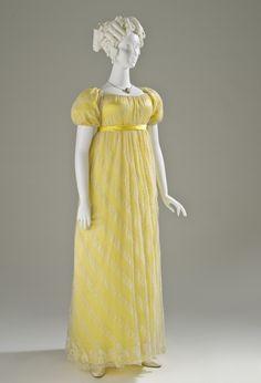 Linen lace dress, English c1818. LACMA