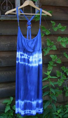 DIY Clothes DIY Refashion: DIY Blue Indigo Tie Dye Refashion