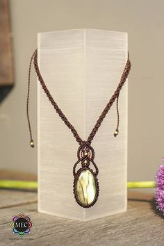 Labradorite gemstone necklace macrame / macrame with