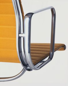 Eames Aluminum Group by @vitra #eames #aluminium #eameschair