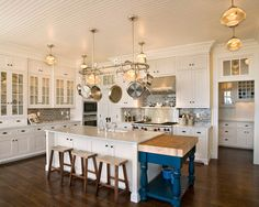 The Redfield Home - traditional - kitchen - milwaukee - Mitch Wise Design,Inc.  Backsplash!!  It is Crackle by Ann Sacks