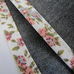 Before you start your next sewing project, check out this helpful bias binding sewing tutorial. It's a great refresher for your bias binding-related sewing skills, and includes a helpful trick for ...