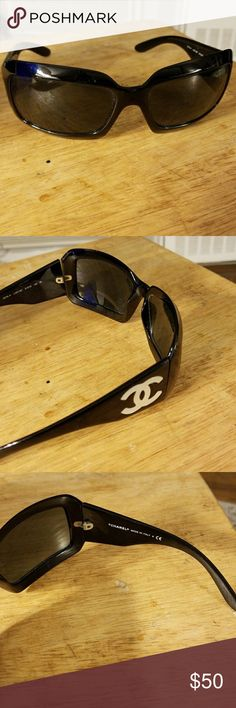 Chanel sunglasses With pearl CC Real Light scratches CHANEL Accessories Sunglasses