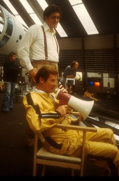 Roger Moore and Richard Kiel on the set of Moonraker in Roger Moore, Richard Kiel, Gentlemans Club, Movie Photo, Movie Tv, Aston Martin, Best James Bond Movies, Celebrity Yearbook Photos, George Lazenby