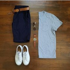 """2,528 Me gusta, 11 comentarios - VoTrends® Outfit Ideas for Men (@votrends) en Instagram: """"Never hurts to wear a plain colored tee  Outfit by: @rather__dashing"""""""