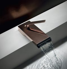 For WorldWaterDay we rounded up 10 water-saving pieces! Just like the Him Collection by Zuccheti @zucchettikos