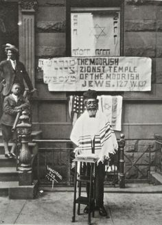 1929 New York City. Photo by acclaimed artist, James Van Der Zee, G.G.G Studio. Read of the issue facing Black Israelites today.