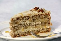 Dvanásť receptov na lahodné koláče a dezerty s mascarpone - zena.sme.sk Sweet Desserts, Sweet Recipes, Cake Recept, Oreo Cupcakes, Vanilla Cake, Tiramisu, Tart, Cheesecake, Food And Drink