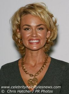 Melissa George | Kelly Carlson | Layered haircut with bouncy curls and seductive wave hairstyle
