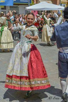 Spanish Dance, Belle Epoque, Renaissance, Ball Gowns, Glamour, Formal Dresses, Clothes, Beauty, Fashion