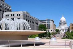 Madison, WI : State Capitol from Monona Terrace