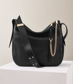595a5193637a Reiss Willow Leather Relaxed Shoulder Bag Black - One Size