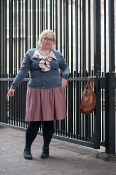 Great outfit with flouncy shirt, cardigan, skirt & tights. (http://quirkyprettycute.blogspot.com/2011/04/flounce-and-dotty-blouse.html)