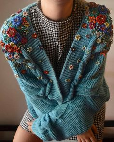Embroidered sweater - Fits one size - Hand wash in cold water, lay flat to dry Knit Fashion, Look Fashion, Fashion Outfits, Pretty Outfits, Cool Outfits, Estilo Jenner, Ravelry, Drops Design, Aesthetic Clothes