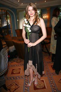 Rachel Hurd-Wood  -  Perfume premiere Rachel Hurd Wood, Pretty Redhead, Beautiful Girl Image, Beautiful Women, Kendall Jenner Style, Girl Celebrities, Girl With Curves, Female Stars, Pregnancy Outfits