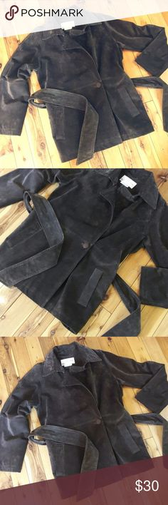 Margaret Godfrey Brown Leather/Suede Jacket Size M Re-poshing as it did not fit as I would have liked. Hoping this will find its forever home!   In wonderful condition though there is writing on the tag.   Brown suede leather with no imperfections.   Lining is intact.   True medium in size.   Please message me with any questions. Thank you. Margaret Godfrey Jackets & Coats Blazers