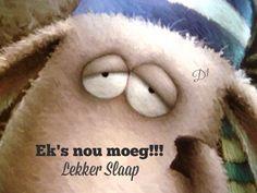 Ek's nou moeg Lekker Slaap Cartoon Cow, Cute Cartoon, Children's Book Illustration, Illustrations, Happy Owl, Beloved Book, Good Night Moon, Vintage Artwork, First Art
