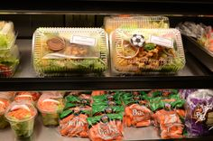 """National School Lunch Week """"Get in the Game"""" fresh salads @ Pasco Middle School"""