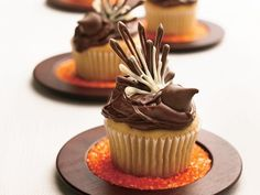 Modern Thanksgiving Turkey Cupcakes
