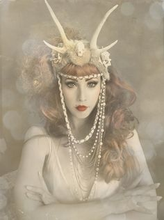 I'm obsessed with learning to make one of these headpieces by Caley Johnson