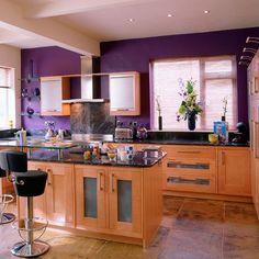 purple kitchen wall decor - Internal Home Design Kitchen Ideals, Kitchen Design Color, Kitchen Cabinet Colors, Kitchen Design, Kitchen Wall Colors, Country Kitchen Decor, Bright Kitchens, Country Kitchen, Purple Kitchen Walls