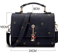 Canvas Travel Bag, Bags Travel, Women's Bags, Fashion Handbags, Fashion Bags, Women's Fashion, Leather Handbags, Leather Bag, Women's Handbags