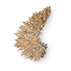 Andrew Grima  Gold Brooch, 1973  Yellow Gold textured wire set with baguette and brilliant-cut Diamonds