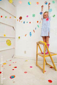 paper confetti by Engel.