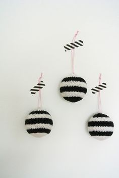 "Crochet Christmas ornaments/Little Helsinki: Preview ""Stripes part 1"""