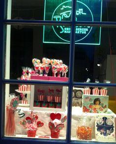 Abendliches Schaufenster #Heidelberg #Bonbon #Manufaktur #candyshop #Valentinstag #Valentine