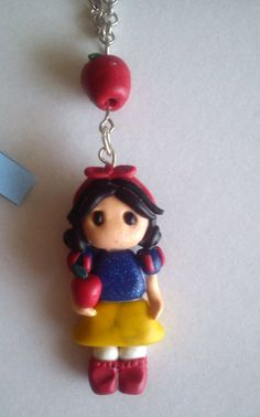 Snow White Chain Necklace and Apple Polymer Clay by TinySnowFlake, €7.00