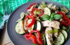 Cukkinis egytálétel, diétás cukkinis csirkemell recept