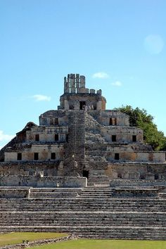 Edzna's Pyramid of Five Stories combines the vaulted chambers of typical palace construction with the solid pyramidal platforms containing a couple of interior temples or burial passages.
